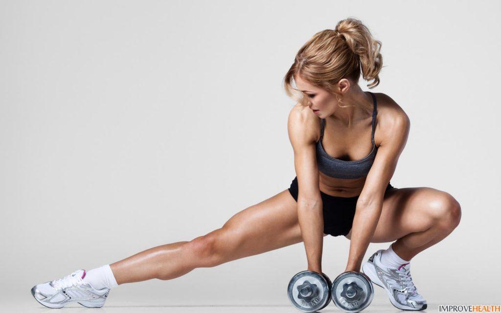 kobieta cwiczy
